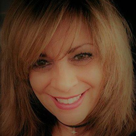 Lisa Barretta Square